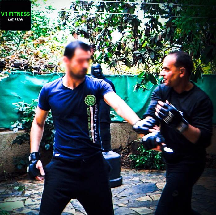 knife-self-defense-limassol