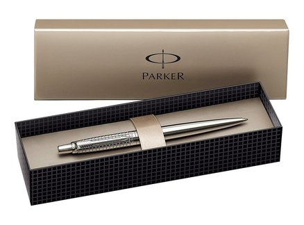 james-bond-parker-pen